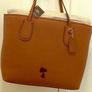 Snoopy Coach Taxi Tote - New In Box - Very Rare